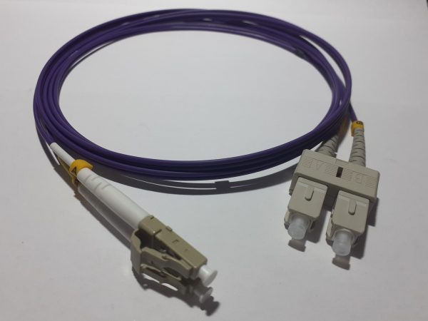 Patch cord Dx MM OM4 2mm LC/PC-SC/PC 3mt